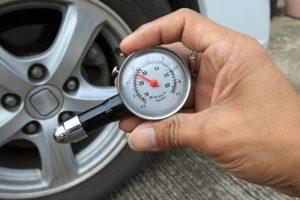 وحدة قياس ضغط الهواء في الإطارات